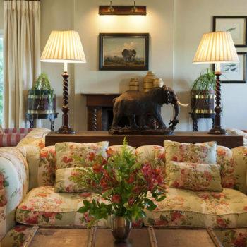 River Bend Lodge Lounge Area